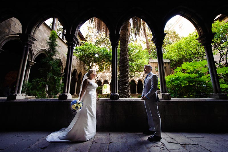 barcelona-wedding-cloister