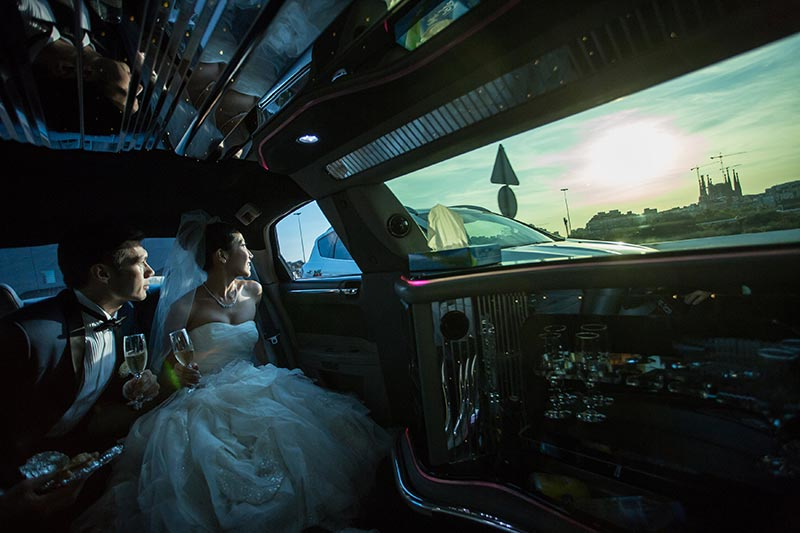 barcelona-wedding-from-limo