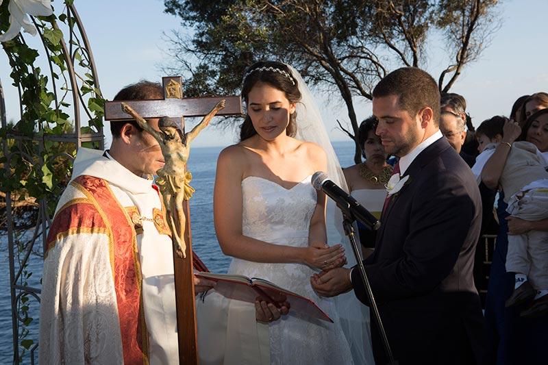 catholic-wedding-spain-arras-exchange