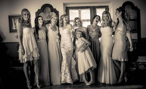2e1ax_default_entry_bridesmaids-b-n