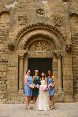 b2ap3_thumbnail_barcelona-bridal-party_20140303-175346_1