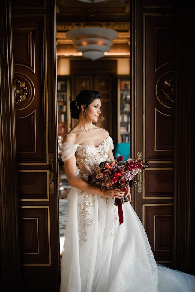 CrystalEvents_A&M-bride-posing