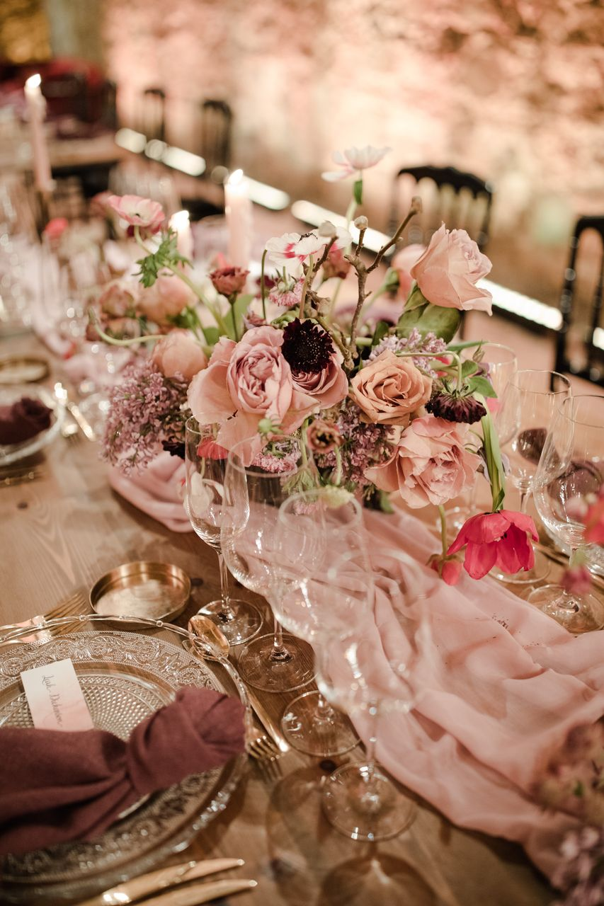 Romantic, modern centrepieces by Best Day Ever