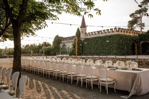 Outdoor reception at Castell de Sant Marçal