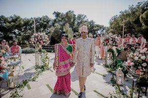 mOM AND DAD HINDU WEDDING