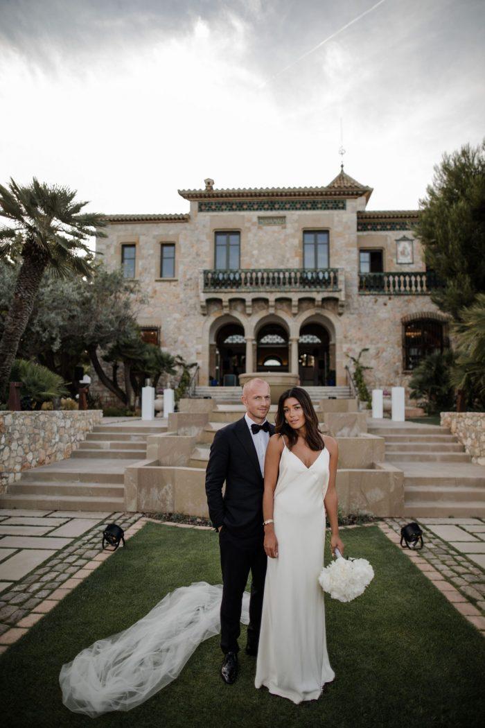 Couple at Xalet del Nin