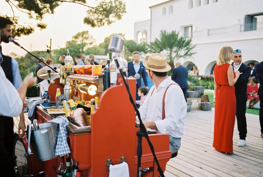 live music at Masia Casa del mar